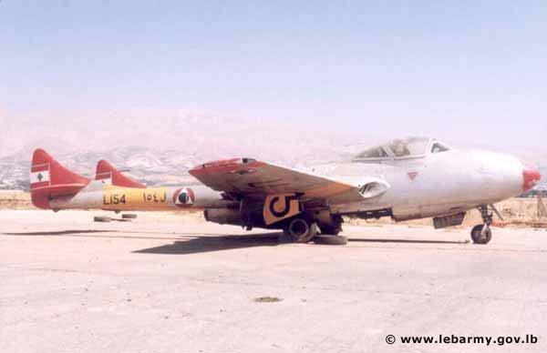 1953 - De Havilland Vampire T55 de l'armée de l'air libanaise sur la base aérienne de Rayak